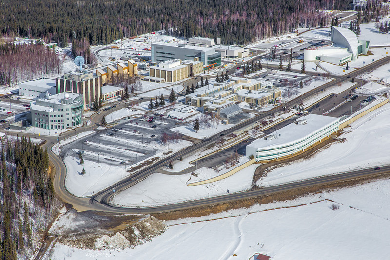 "The 2,250-acre Fairbanks campus, located near the center of Alaska, offers a wide variety of opportunities for activity and recreation. The main campus has two lakes and miles of trails as well as a major student recreation complex for indoor sports.  <div class=""ss-paypal-button"">Filename: CAM-13-3781-105.jpg</div><div class=""ss-paypal-button-end"" style=""""></div>"