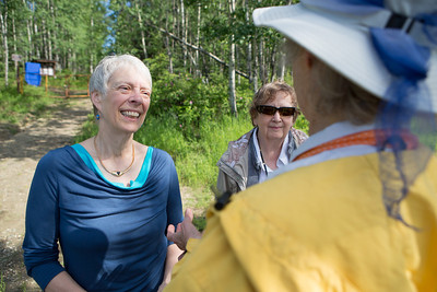 Sherry Modrow speaks with Teri Viereck before the dedication ceremony of the Les Viereck Nature Trail.  Filename: CAM-12-3435-7.jpg
