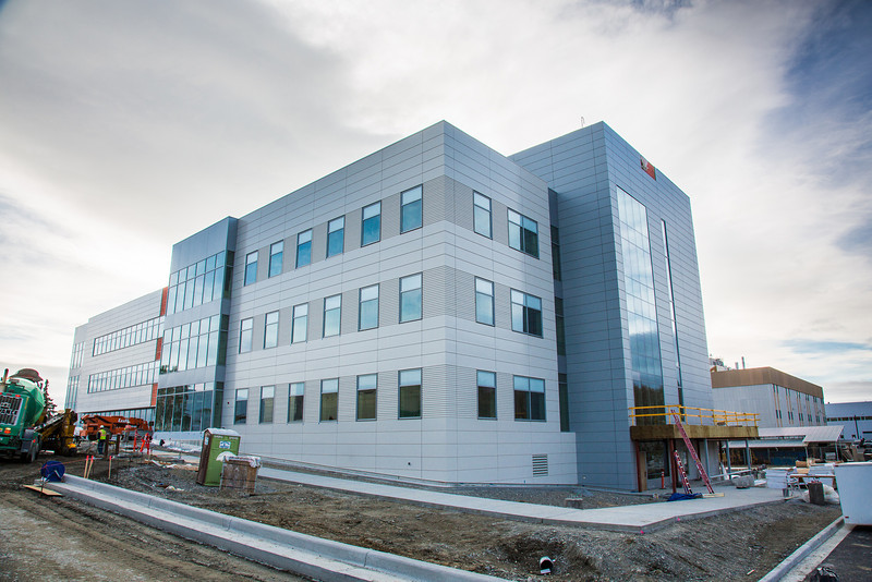 "The new Life Sciences building under construction on UAF's West Ridge.  <div class=""ss-paypal-button"">Filename: CAM-12-3569-12.jpg</div><div class=""ss-paypal-button-end"" style=""""></div>"