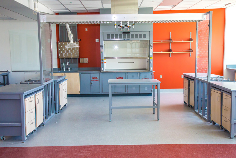 "One of the new biology labs opening in the Murie Building on UAF's West Ridge in the summer of 2013.  <div class=""ss-paypal-button"">Filename: CAM-13-3830-28.jpg</div><div class=""ss-paypal-button-end"" style=""""></div>"