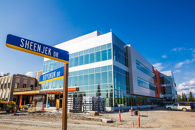 The new Life Sciences Building is under construction on UAF's West Ridge.  Filename: CAM-12-3493-22.jpg