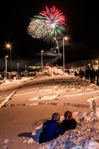 Hundreds of Fairbanks community members enjoyed the New Years' Eve fireworks display from UAF's West Ridge.  Filename: CAM-12-3687-47.jpg