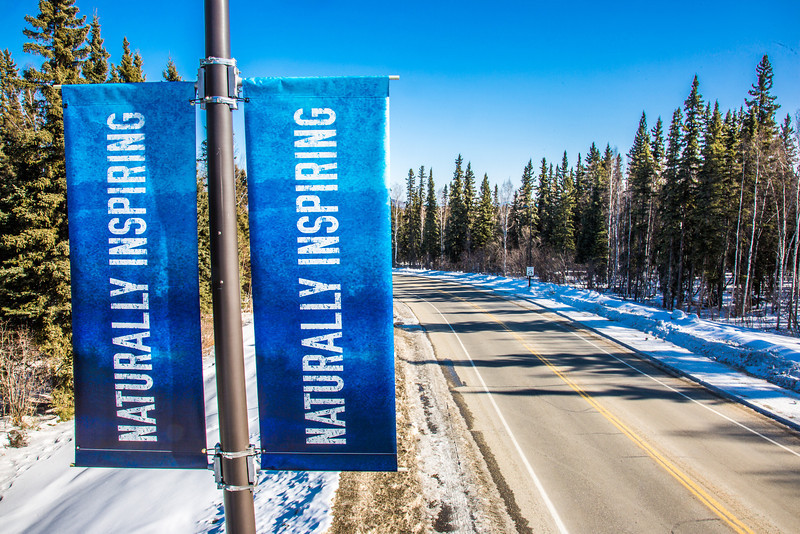 "New welcome banners posted near the Farmers' Loop Road entrance to the Fairbanks campus.  <div class=""ss-paypal-button"">Filename: CAM-13-3779-28.jpg</div><div class=""ss-paypal-button-end"" style=""""></div>"