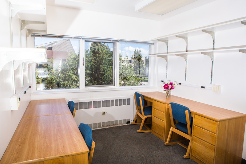 "Wickersham Hall's double quad rooms include a connected study room suite and a bathroom.  <div class=""ss-paypal-button"">Filename: CAM-16-4941-25.jpg</div><div class=""ss-paypal-button-end""></div>"
