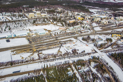 The 2,250-acre Fairbanks campus, located near the center of Alaska, offers a wide variety of opportunities for activity and recreation. The main campus has two lakes and miles of trails as well as a major student recreation complex for indoor sports.  Filename: CAM-13-3781-50.jpg