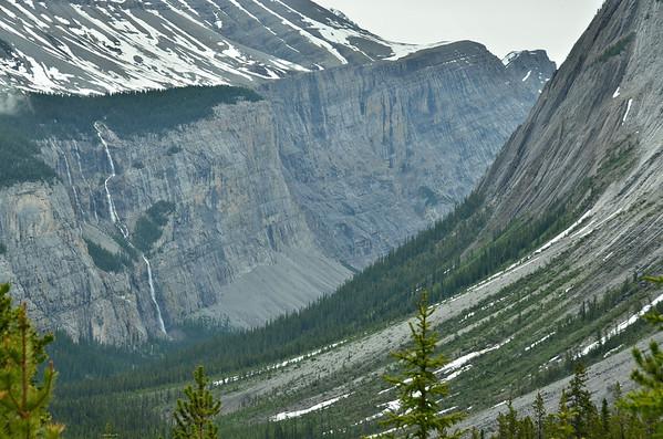 Weeping Wall, Banff NP, Canada