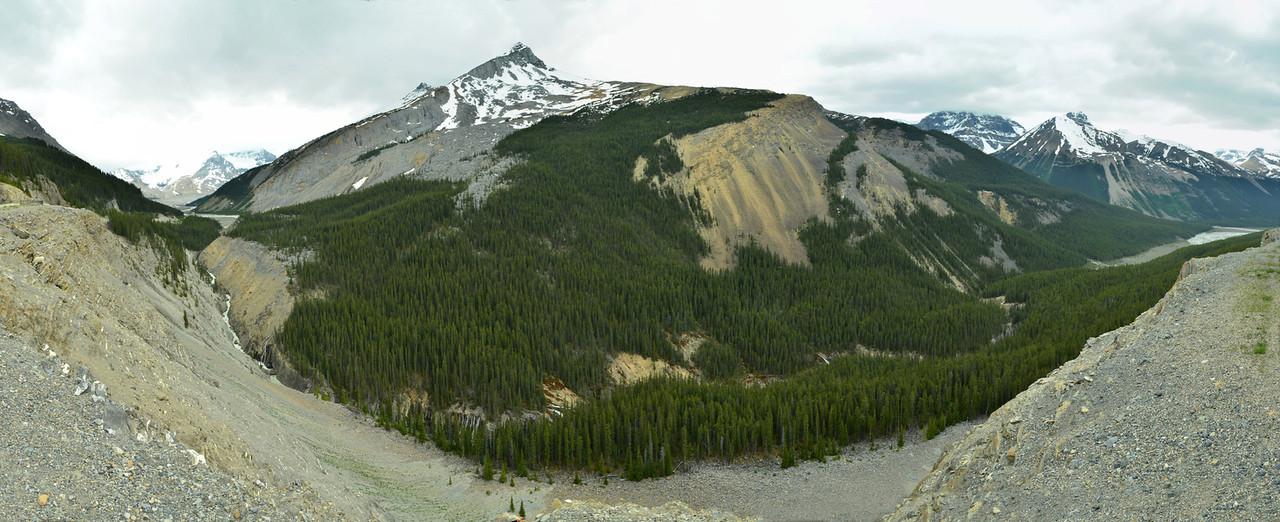 Sunwapta Pass, Canada;