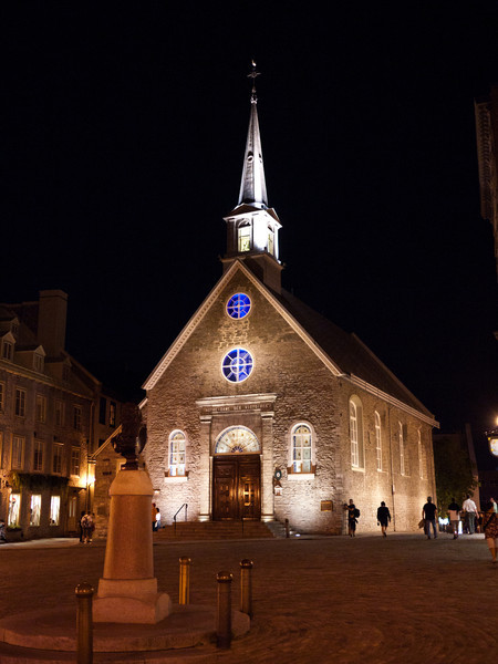 Notre-Dame des Victoires at Night