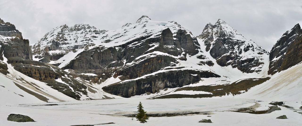 Lake Oesa, 2270m, Lake O'Hara, Yoho NP, British Columbia, Canada