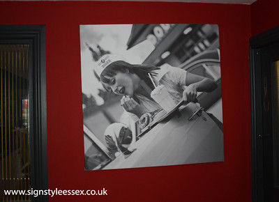 Canvas Print at the 8 Ball Diner,  (Superb Photo by nickgrant.co.uk)