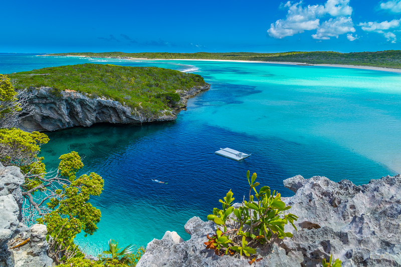 Dean's Blue Hole, Long Island, Bahamas