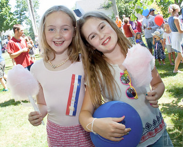 CP-July4-rkmw_Caitlin-Tobey-&Charlotte-Griffith