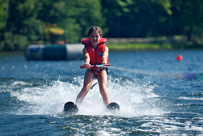 Cedar Grove - waterskiing 2009 - 23
