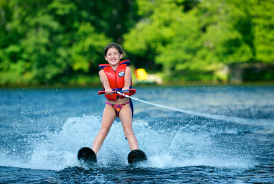 Cedar Grove - waterskiing 2009 - 37