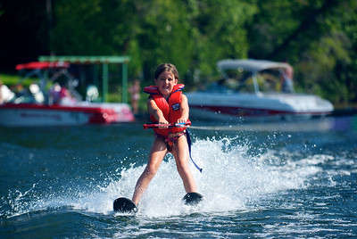 Cedar Grove - waterskiing 2009 - 25