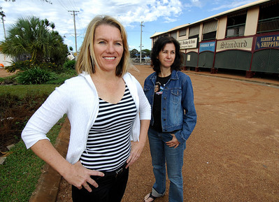 "BOWEN, QLD 24 JUN 2007 - Movie extras Joy Hilditch (left) from Bowen and Tina Grasso from Ayr on the edge of the movie set.  Joy had a speaking part in her role as Nicole Kidman's character's boss - ""Australia"", the Baz Luhrmann movie currently in production in Bowen, QLD - PHOTO: CAMERON LAIRD (PH 0418 238811)"