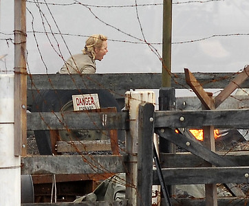 "EXCLUSIVE PHOTOS - BOWEN, AUSTRALIA 24 JUN 2007 - Nicole Kidman screams ""Nullah!"" during a scene where both her and Hugh Jackman's character are in despair over the possible death of Nullah, Brandon Walters' character.  Filming of ""Australia"", the Baz Luhrmann movie currently in production in Bowen, QLD - PHOTO: CAMERON LAIRD (PH 0418 238811)"