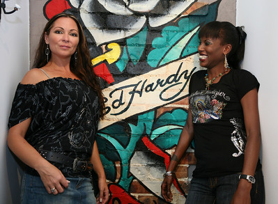12 Dec 2007 Surfers Paradise, Qld, Australia - Tania Zaetta and Deni Hines at the opening of an Ed Hardy store on the Gold Coast - PHOTO: CAMERON LAIRD (Ph: 0418 238811)