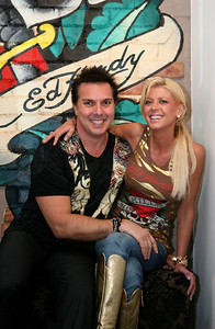 12 Dec 2007 Surfers Paradise, Qld, Australia - Tara Reid with Ed Hardy owner Gary Berman at the opening of one of his stores on the Gold Coast - PHOTO: CAMERON LAIRD (Ph: 0418 238811)