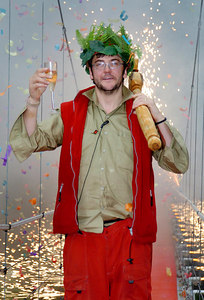 """GOLD COAST, AUSTRALIA - Joe Pasquale, the winner of the 4th series of """"I'm A Celebrity, Get Me Out Of Here"""" - PHOTO: CAMERON LAIRD (Ph +61 418238811)"""