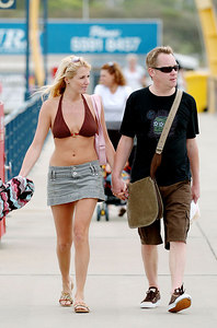 "GOLD COAST, AUSTRALIA - Nancy Sorrell and husband Vic Reeves enjoy a day out on the water after their evictions from I'm A Celebrity, Get Me Out Of Here"" - PHOTO: CAMERON LAIRD (Ph +61 418238811)"