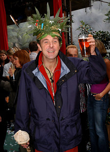 "Murwillumbah, Queensland, AUSTRALIA / 10-MAY-2003 ""I'm a Celebrity, Get me out of here"" winner Phil Tufnell PHOTO: GRANADA"