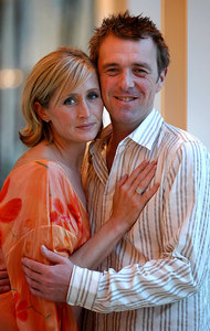 """Surfers Paradise, Queensland, AUSTRALIA / 14-MAY-2003 """"I'm a Celebrity, Get me out of here"""" winner Phil Tufnell with partner Dawn Brown PHOTO: © CAMERON LAIRD (Ph: +61 418 238811)"""