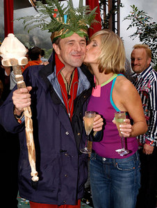 "Murwillumbah, New South Wales, AUSTRALIA / 13-MAY-2003 ""I'm a Celebrity, Get me out of here"" winner Phil Tufnell with wife Dawn Ward PHOTO: © CAMERON LAIRD (Ph: +61 418 238811)"