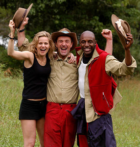 "Murwillumbah, New South Wales, AUSTRALIA / 13-MAY-2003 ""I'm a Celebrity, Get me out of here"" winner Phil Tufnell (centre) with runner-up John Fashanu and Linda Barker PHOTO: © CAMERON LAIRD (Ph: +61 418 238811)"