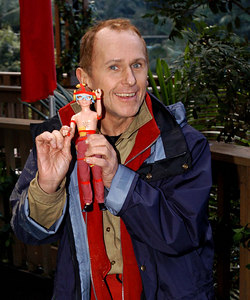 "Murwillumbah, New South Wales, AUSTRALIA / 12-MAY-2003 ""I'm a Celebrity, Get me out of here"" sixth evictee Antony Wayne Sleep with a ""Wayne"" doll presented to him by Ant & Dec PHOTO: © CAMERON LAIRD (Ph: +61 418 238811)"