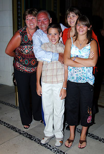 """""""I'm A Celebrity... Get Me Out Of Here"""" stars dressed to kill as they head to a """"Wrap Party"""" after the end of the 5th series.  Tommy Cannon with his family (from left) Hazel, Luke, Kelly and Zoe - PHOTO: CAMERON LAIRD (Ph: +61 418238811)"""