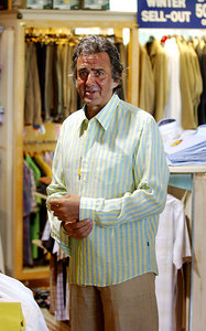 """""""I'm A Celebrity... Get Me Out Of Here"""" star David Dickinson shops for clothes with wife Lorne.  He was on a real """"Bargain Hunt"""", battling with shopkeepers for a low price on exclusive menswear - PHOTO: CAMERON LAIRD (Ph: +61 418238811)"""