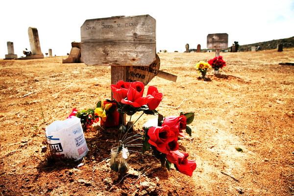 cemetery 19