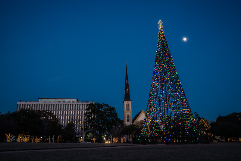 A Moon Filled Christmasy Night in Marion Square