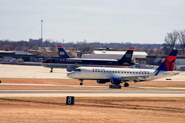 Airplanes at Charlotte Airport