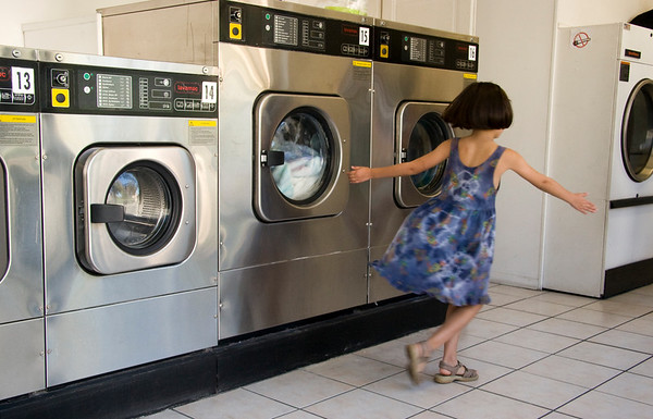 Dancing at the laundromat music (France)