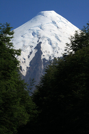 Southern view of the igneous rock and glacial ice, of Volcan Osorno.