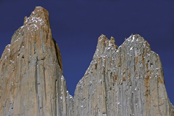 Torre Central (l) - Torre Norte (r), also known as Torre Monzino (first person to reach its summit in 1958), displaying its twin peaks - separated by the col (notch or gap), know as Bich in the Torres del Paine.