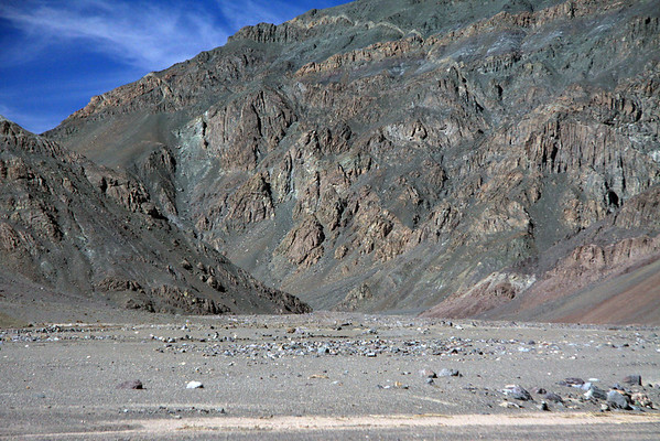 Northeastward up the mouth of the Quebrada Cortadera - from here along the river bed in the Quebrada Paipote - northern Copiapó province - Atacama region - northern Chile.