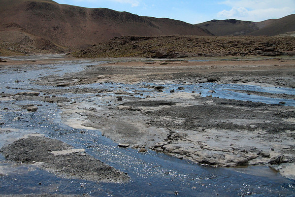 All of the geothermal discharge water from the Tatio Geyser Field forms the source water of the Rio Salado - Loa province - northeastern Antofagasta region.