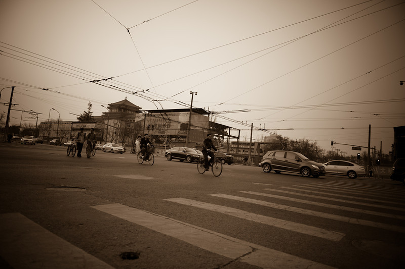 Intersection at the north end of Wangfujing (Dongcheng, Beijing, CN - 03/14/13, 5:35:00 PM)