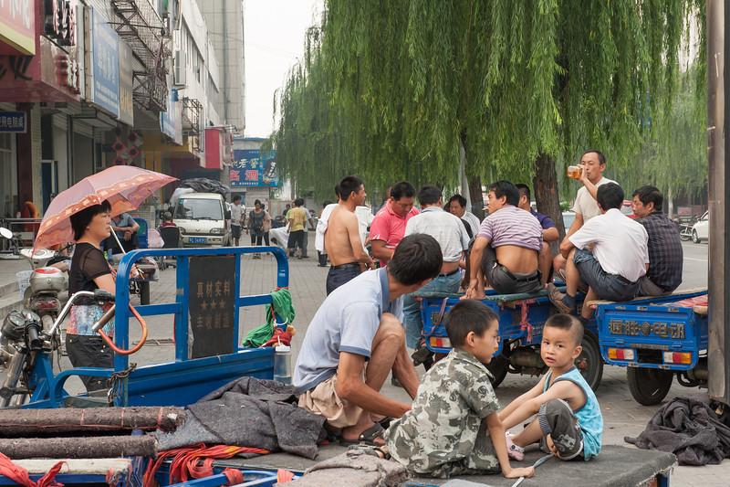 (Laocheng, Luoyang, Henan, CN - 07/13/11, 5:07:19 PM)