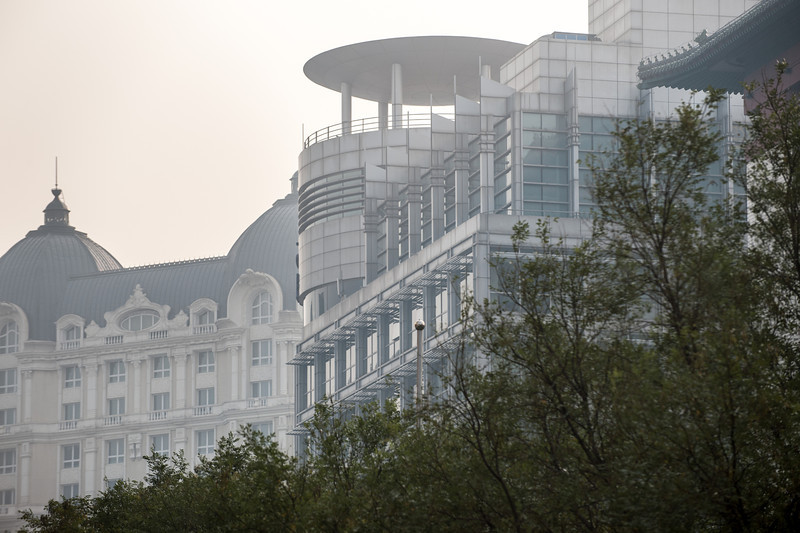 A hodgepodge of architectual styles loom in the Beijing mist. (Dongcheng, Beijing, CN - 10/22/13, 9:31:14 AM)