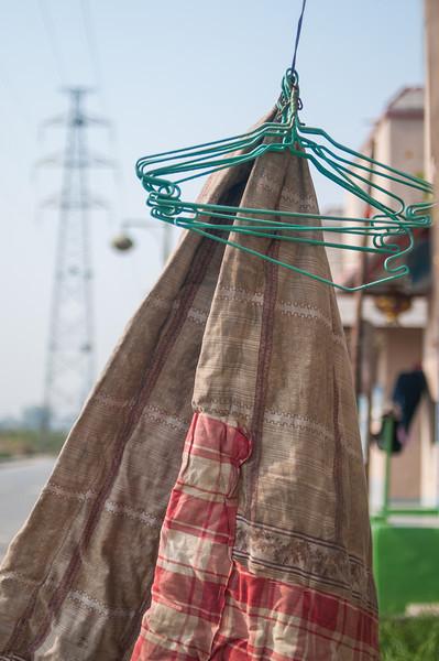 Domestic scene, Xiaotun village (Yindu, Anyang, Henan, CN - 10/26/13, 11:39:09 AM)