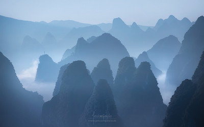 Blue Karts Mountains - China - Guilin