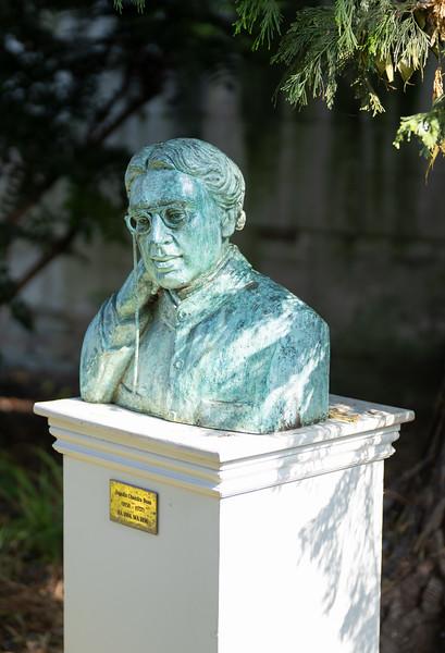 Statue of Jagadis Chandra Bose in Christ's College, Cambridge (Sep 2021)