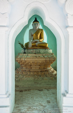 framing of meditating buddha