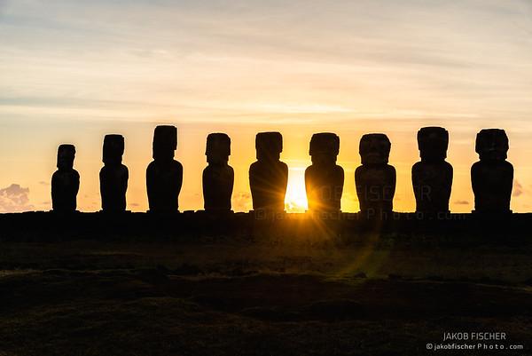 Ahu Toŋariki, Easter Island, Chile