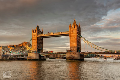 Sunset over London Bridge