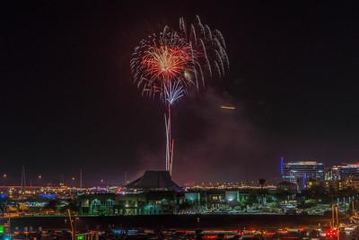 Tempe Town Lake Fireworks July 4 2017